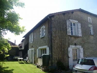 Impressive Village House; 7 Beds; 2 Old Stone Cottages ; Magnificent Garden