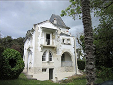 Beautiful 5 bedrooom House of character, Saint Palais Sur Mer