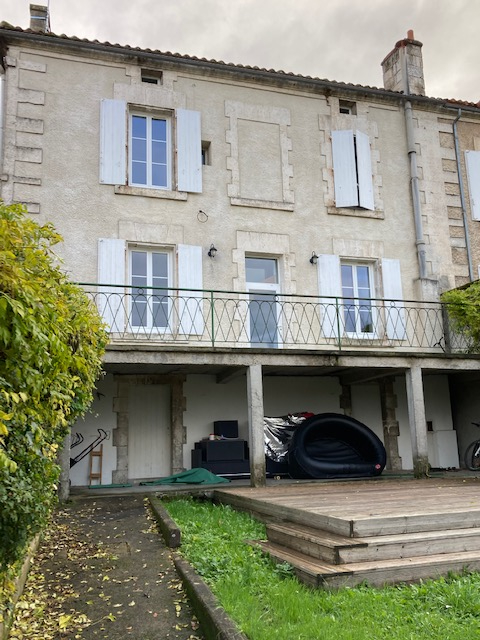 Townhouse for sale France